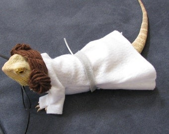 Princess Leia Costume for Bearded Dragons with Plastic Light Saber! One size fits most.