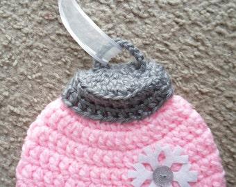 Pink Ornament Hat.  Sizes Newborn-12 Months.