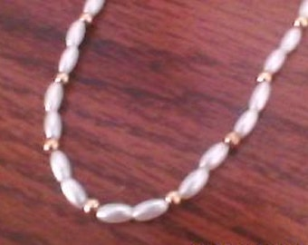 Handmade Beaded Gold and White Choker With Clasp
