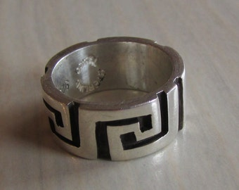 Taxco Sterling Silver Band Ring  Greek Key Design   Size 5