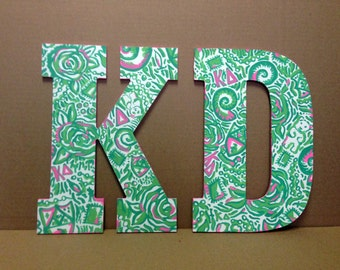 two lilly pulitzer hand painted wooden letters in 14 inches