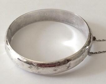 "Sterling Silver Hollow Hinged Bangle Bracelet 2 3/8"""