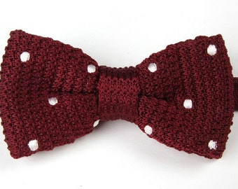 Knit Bowtie.Red Knitted Bow Tie with White Dots,Bowtie for Wedding,Party.Wedding Bowties.Mens Bowtie
