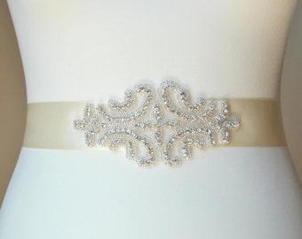 Bridal Sash with Crystal Rhinestones ,Wedding Dress Sash Belt,  Rhinestone Sash,  Rhinestone Bridal Bridesmaid Sash Belt, Wedding dress sash