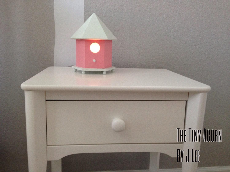 Bird house night light robin 39 s refuge pink by thetinyacornbyjlee - Birdhouse nightlight ...
