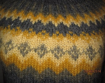 Plant dyed !! Gray hand dyed traditional Icelandic sweater. Adult sweater hand knitted out of pure Icelandic lambs wool