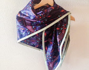 Beautiful handcrafted scarf from Dutch Java fabric with african pattern with faux-leather band, 145 x 100 cm, Vlisco