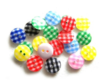 10 Gingham Buttons