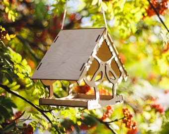 bird feeder / wooden bird feeder / garden decoration / hanging bird feeder / large bird feeder / wooden hand crafted / birdfeeder