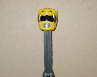 PEZ - Homemade Fantasy - ranger - yellow