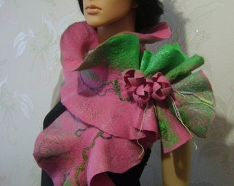 Felted wool scarf-Nuno felted scarf-nuno felted shawl-wool silk scarf-green-pink