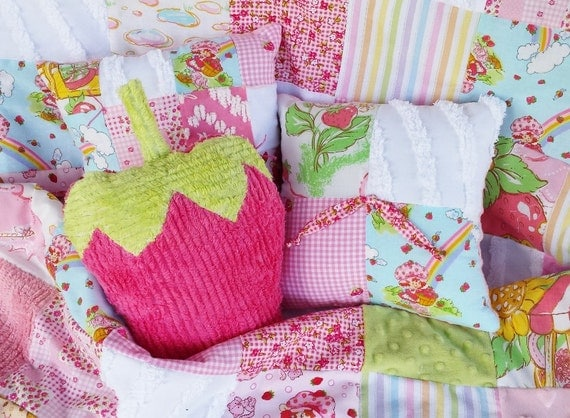 Vintage Strawberry Shortcake Chenille Baby Girl Rainbow Crib