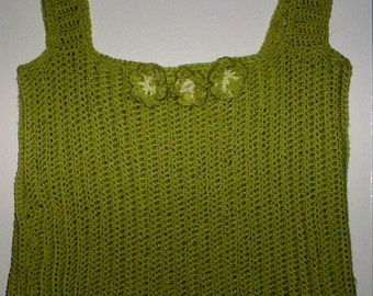 Womens size XL crocheted tank top in light green with floral embellishments