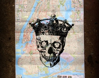 FAB11 Heavy is the Skull that Wears the Crown / A Piece of NYC Street Art - Free Shipping Worldwide!