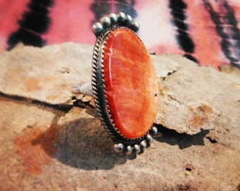 Spiny Oyster Navajo Ring size 9