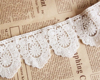 Beige Medal Floral Lace Trim Embroidery Tulle Lace Trim 2.36 Inches Wide 1 Yard L0186