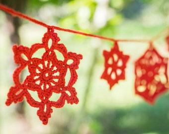 Crochet snowflake garland, crochet christmas decoration, crochet bunting, red christmas garland.