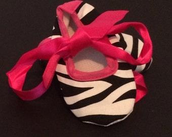 Zebra show 6-12 months