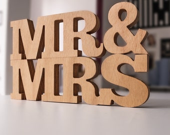 Wooden letters - MR & MRS