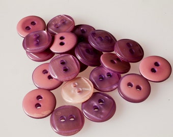 vintage lilac buttons, 20 Pack