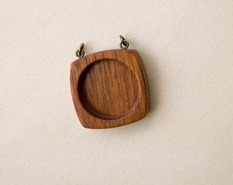 Cabochon tray setting hardwood finished - Mahogany - 25.5 mm cavity - Brass finish loop eyes - (F2-M)