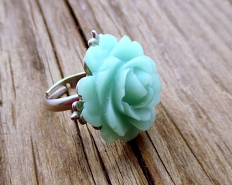 Mint Green Ring, Green Ring, Adjustable Ring, Resin Ring, Flower Ring, Flower Jewelry, Cabochon Ring, Gifts for Her, Unique, MYSTIC SEAS