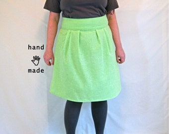 SALE - Flatterer Skirt - plus size skirt, size 20, size 22, minty lime green vintage cotton fabric, fully lined, phone pocket -- 40W-54H