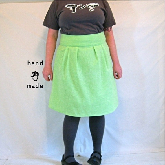 Flatterer Skirt - plus size skirt, size 20, size 22, minty lime green vintage cotton fabric, fully lined, has a pocket -- 40W-54H