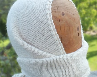 "Hand-knitted ""Hoorfie"" Hood And Scarf - MADE IN FINLAND"