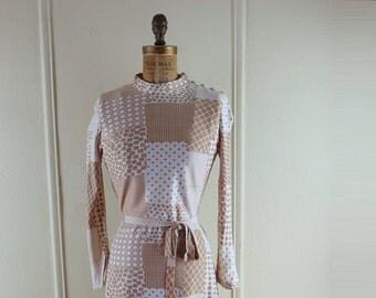 vintage 1970s MOD Mini Shift Dress - Pecan Brown & White calico print - stripe, polka dot, argyle, floral, checks - size medium, m