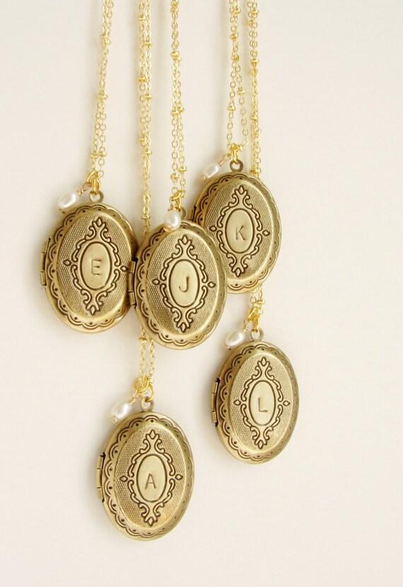 Bridesmaid jewelry, Personalzied wedding Initial Necklace, Bridesmaid locket, Wedding party custom initial locket, 5 locket necklaces