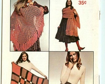 Coats & Clark's Book 210 Learn to Crochet Vintage Retro Patterns