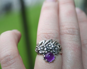 SALE...Vintage Sterling Silver with Flower amethyst stone Ring Twig Diorama size 5 and 3/4 Stunnng