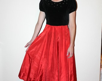 Vintage 50s Dress Red and Black Velvet Dress with Rhinestones Sz Small Christmas Party