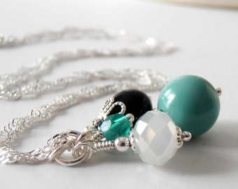 Black and Aqua Bridesmaid Jewelry Jade Pearl Bead Cluster Pendant Necklace Beaded Jewelry Retro Wedding Handmade Bridesmaid Accessories