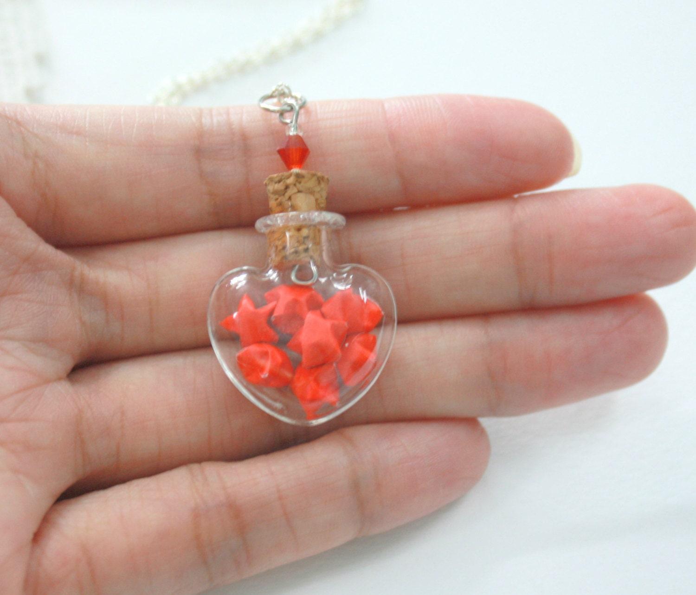 Mini Red Origami Lucky Stars in Tiny Heart Love Glass Jar - photo#28