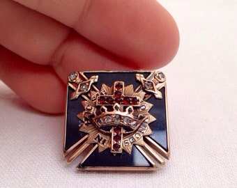 Victorian Masonic 14k Yellow Gold and Gemstone Pin