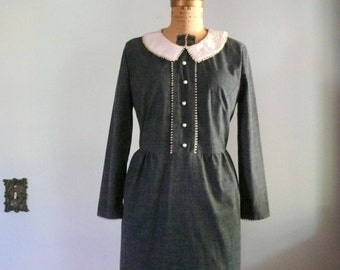 vintage 1960s Dress  // Charcoal dress with Peter Pan Collar