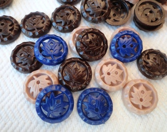 Maple Leaf Vintage Buttons - 6 Chocolate 5/8 inch 15mm