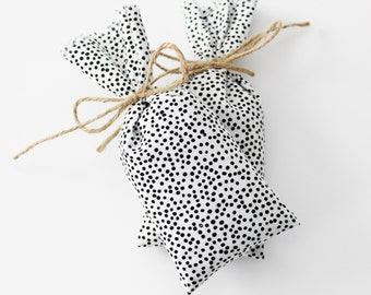 Lavender Sachet Bags, Shoe Deodorizer, White Black Polka Dot, Scented Drawer Sachets, Professional Gifts