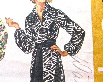 SIMPLICITY 9219 Dress Pattern from the year 1970  Bust 34 inches