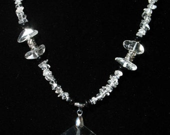 Faceted Star and Quartz Crystal Chip Necklace