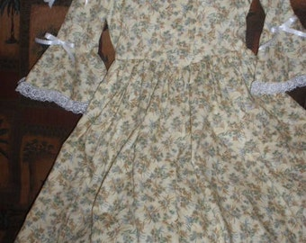 1770s - Historical Colonial Gown Dress and Pinner Cap for Girls