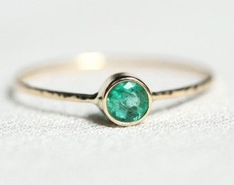 Emerald 14k Gold Ring - Solid 14k Gold Emerald Sparkling Thread of Rose or White or Yellow Gold - Hammered Stacking Ring - May Birthstone