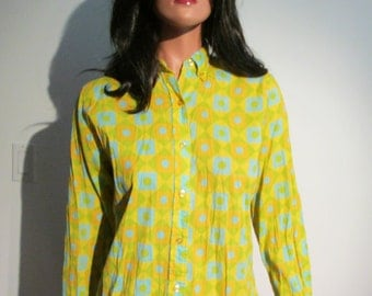 1960's MOD blouse.  Vintage Yellow, Gold, Chartruse, and Torquoise.  Judy Bond,  Size 14-34 or Small.  Made in USA.