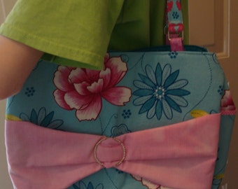 Turquoise and Pink Bow purse with pockets