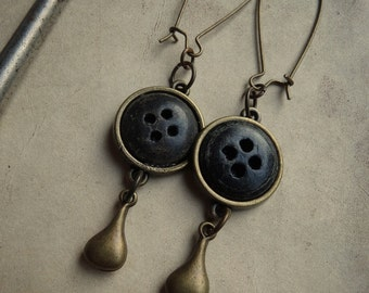 Vintage Black Button & Brass Drop Earrings - Shadowdrops