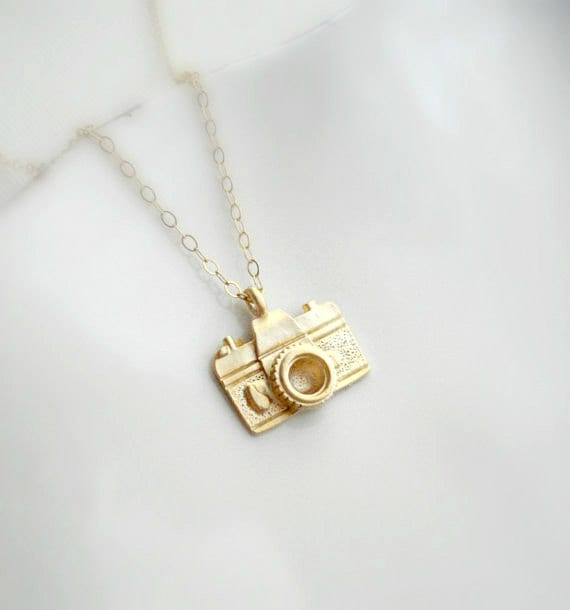 Little Camera Necklace In Gold Or Silver, Gift for Photographer, Gold Camera Pendant, Minimalist Modern Gold Necklace, Gift For Her