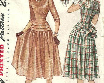 Simplicity 2261 / Vintage 40s Sewing Pattern / Dress / Size 14 Bust 32