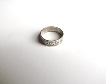 Antique Floral Band Ring / Sterling Silver c.1920s